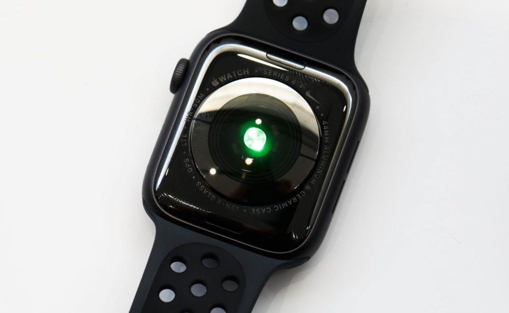 Apple Watch 4 Serisi Arka Yüzü Nabız Ölçer