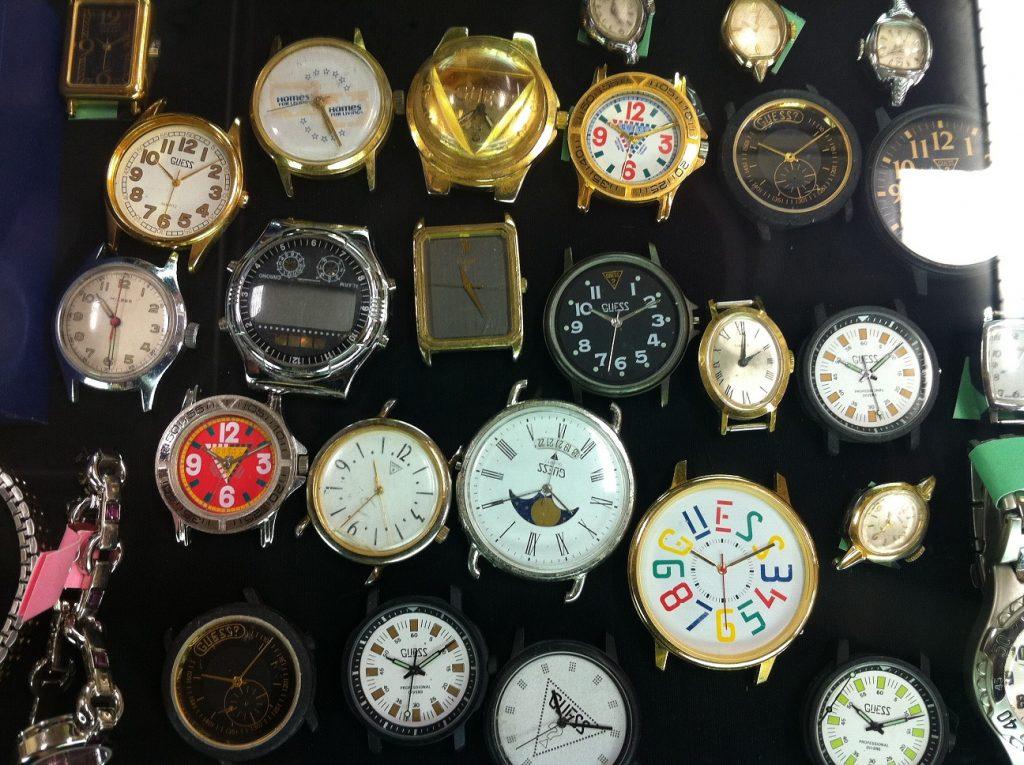 1990'lı yıllarda Guess saatler